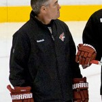 Phoenix Coyotes head coach Dave Tippett. Image courtesy of Wikimedia Commons.