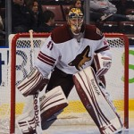 Phoenix Coyotes goalie Mike Smith. Image Courtesy of Wikipedia Commons.