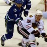 Canucks Ryan Kesler and Blackhawks Jonathan Toews battle. Image Courtesy of Wikipedia Commons.
