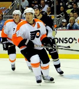 Philadelphia Flyers defenceman Kimmo Timonen. Image courtesy of Wikimedia Commons.